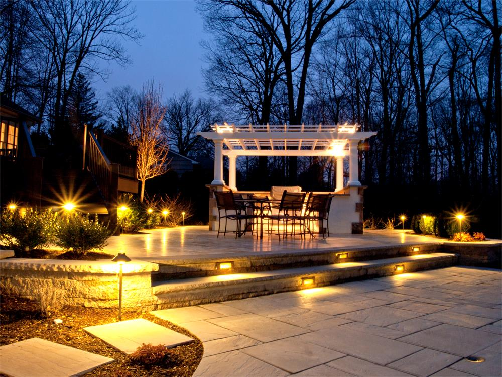 Use Landscape Lighting To Enhance Your Property