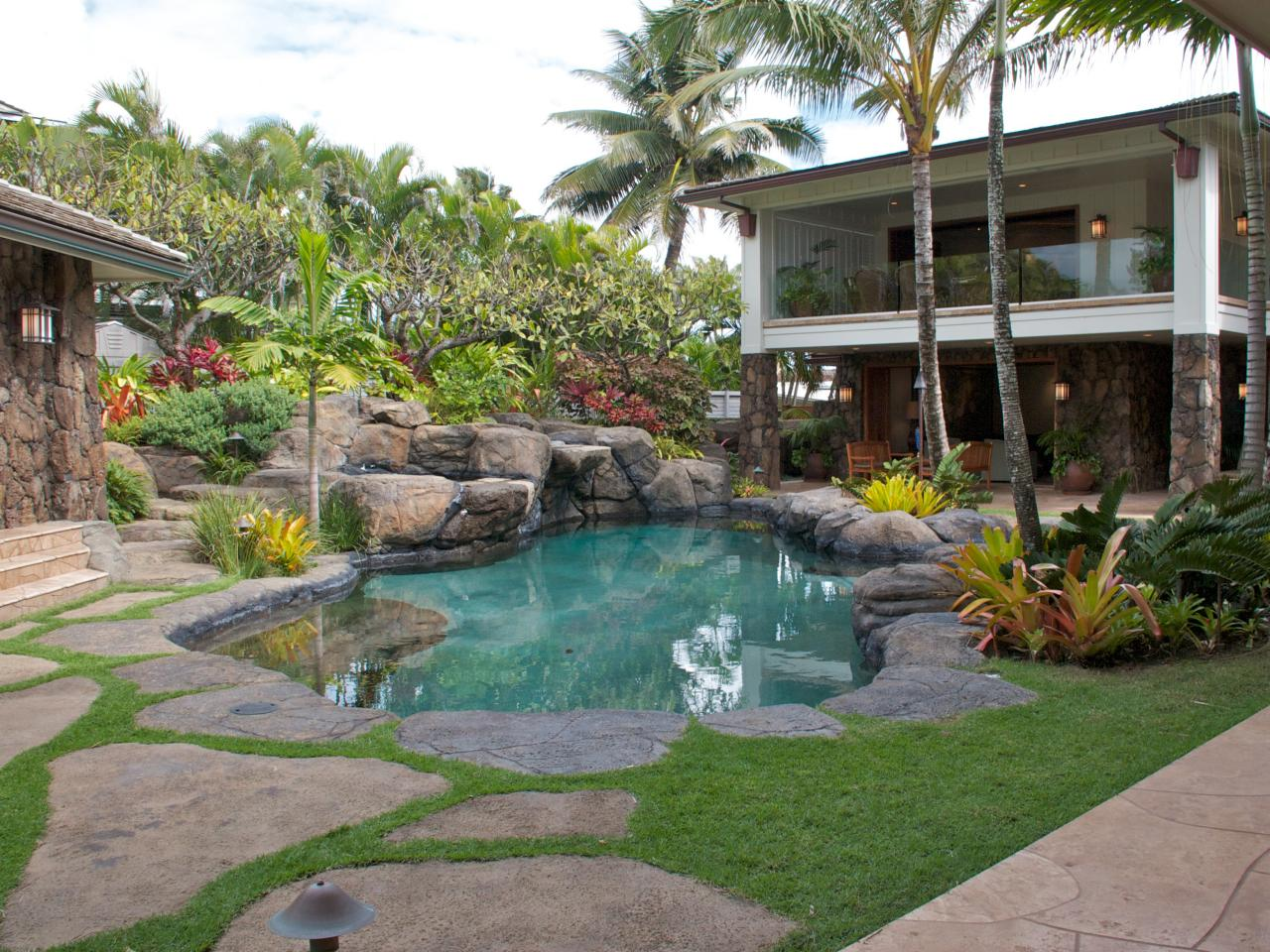 How To Transform Your Backyard Into A Tropical Island