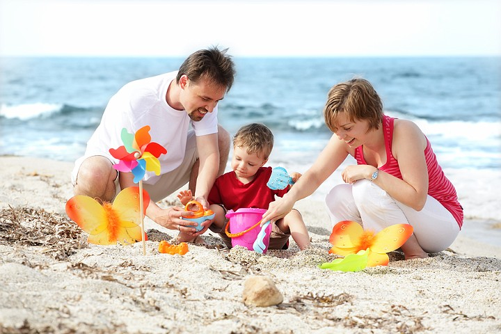 Late Summer Holiday? Don't Forget the Skin Care Products