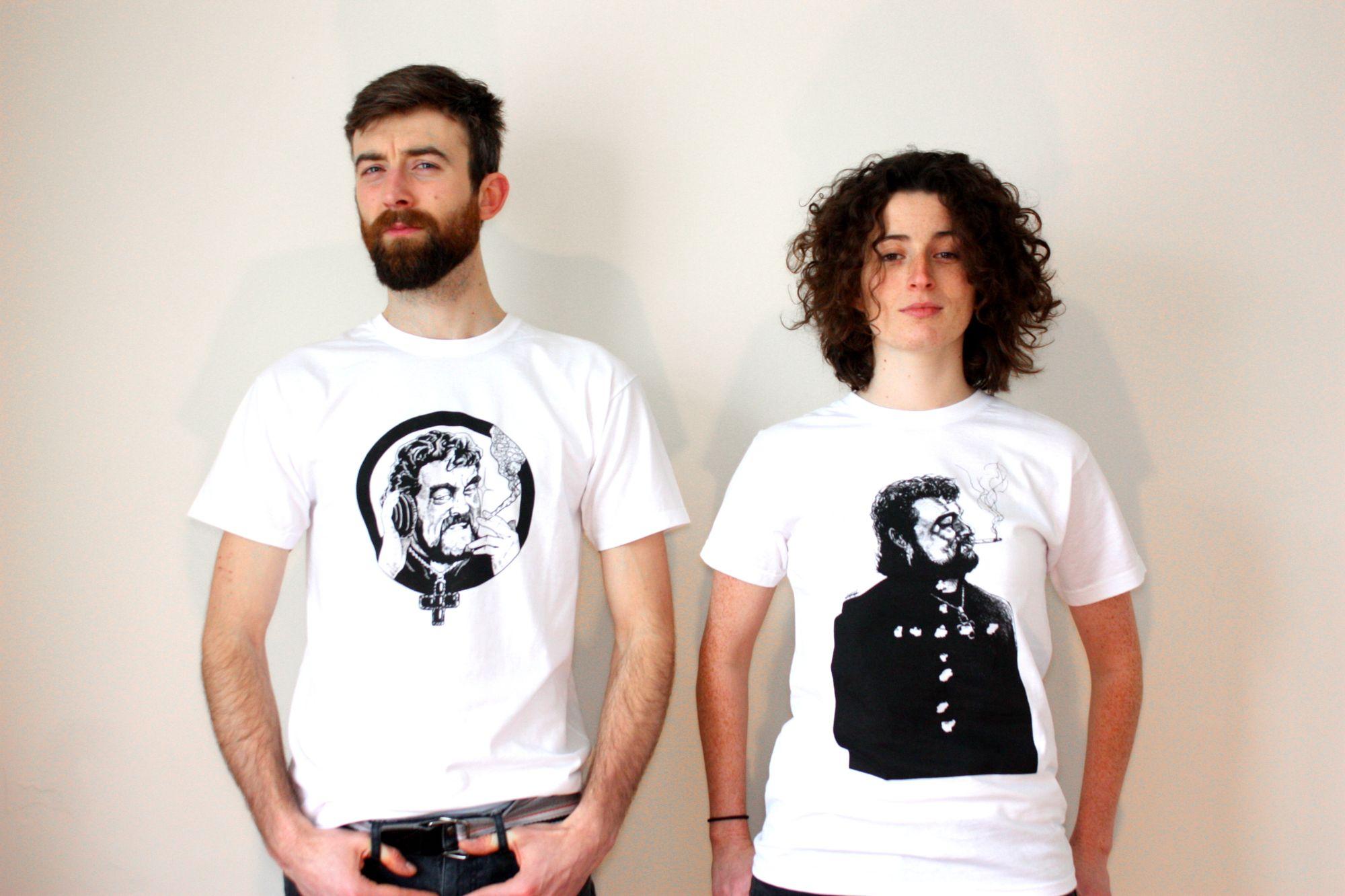 How to Choose Stylish T-Shirts for Celebration ?